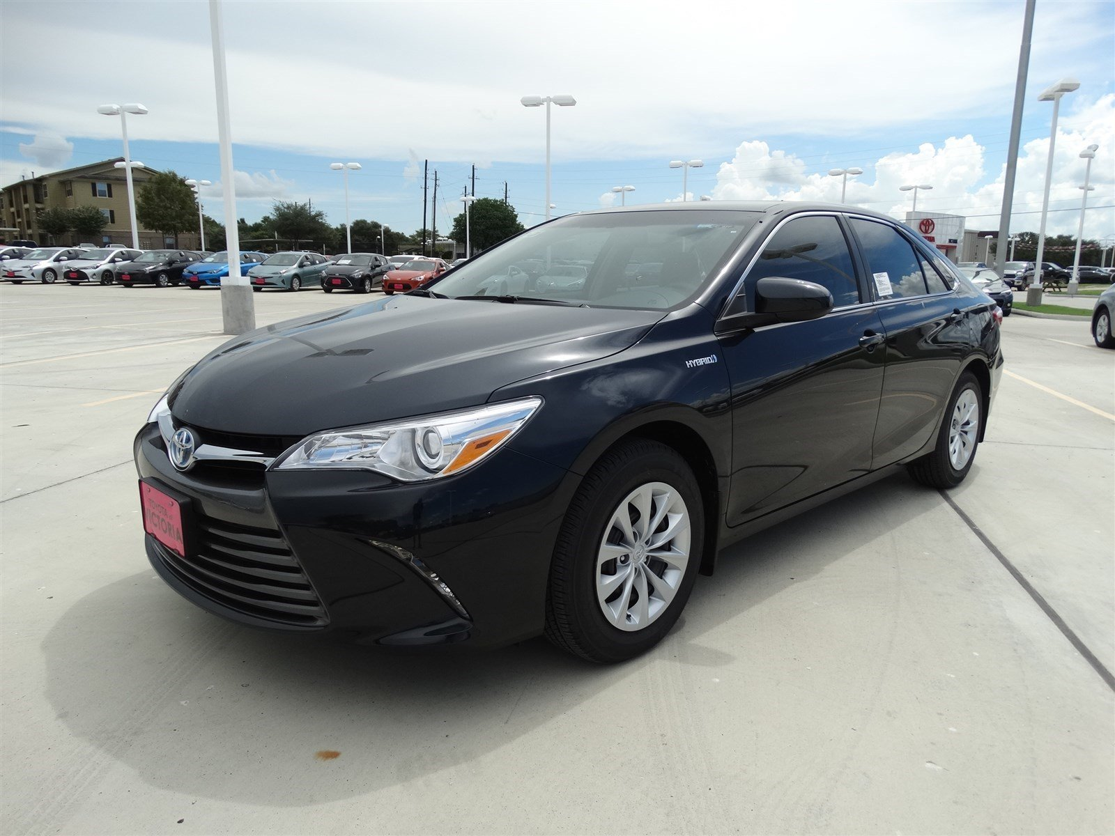 new 2017 toyota camry hybrid le 4dr car in victoria u207344 toyota of victoria. Black Bedroom Furniture Sets. Home Design Ideas